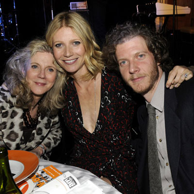 Gwyneth Paltrow, Jake Paltrow and Blythe Danner at the Can-Do Awards Dinner