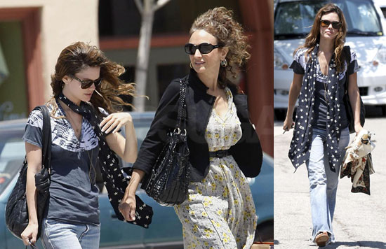 Rachel Bilson and Her Mom Janice Spend the Day Shopping in Pasadena