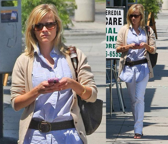 Reese Witherspoon Runs Errands in LA Without Jake Gyllenhaal