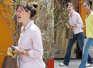 Photos of Possibly Pregnant Jennifer Garner