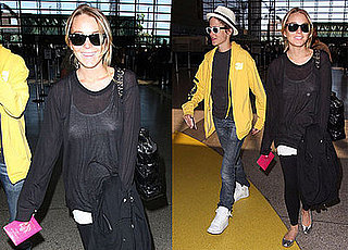 Photos of Lindsay Lohan and Samantha Ronson at LAX 2008-08-11 16:00:00