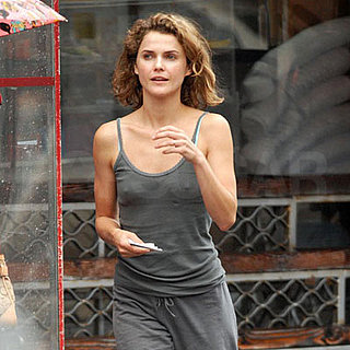 Keri Russell Avoids the Rain on the Way to the Gym