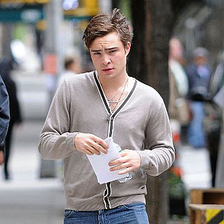 Ed Westwick Shows Up to Work On Gossip Girl