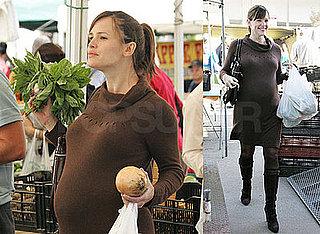 Photos of Pregnant Jennifer Garner at the LA Farmers Market