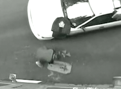Domino's Pizza Delivery Guy Drops Pizza on Ground and Delivers It Anyway