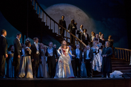 New York's Metropolitan Opera House to Start Streaming Audio and Video from Performances on the Internet