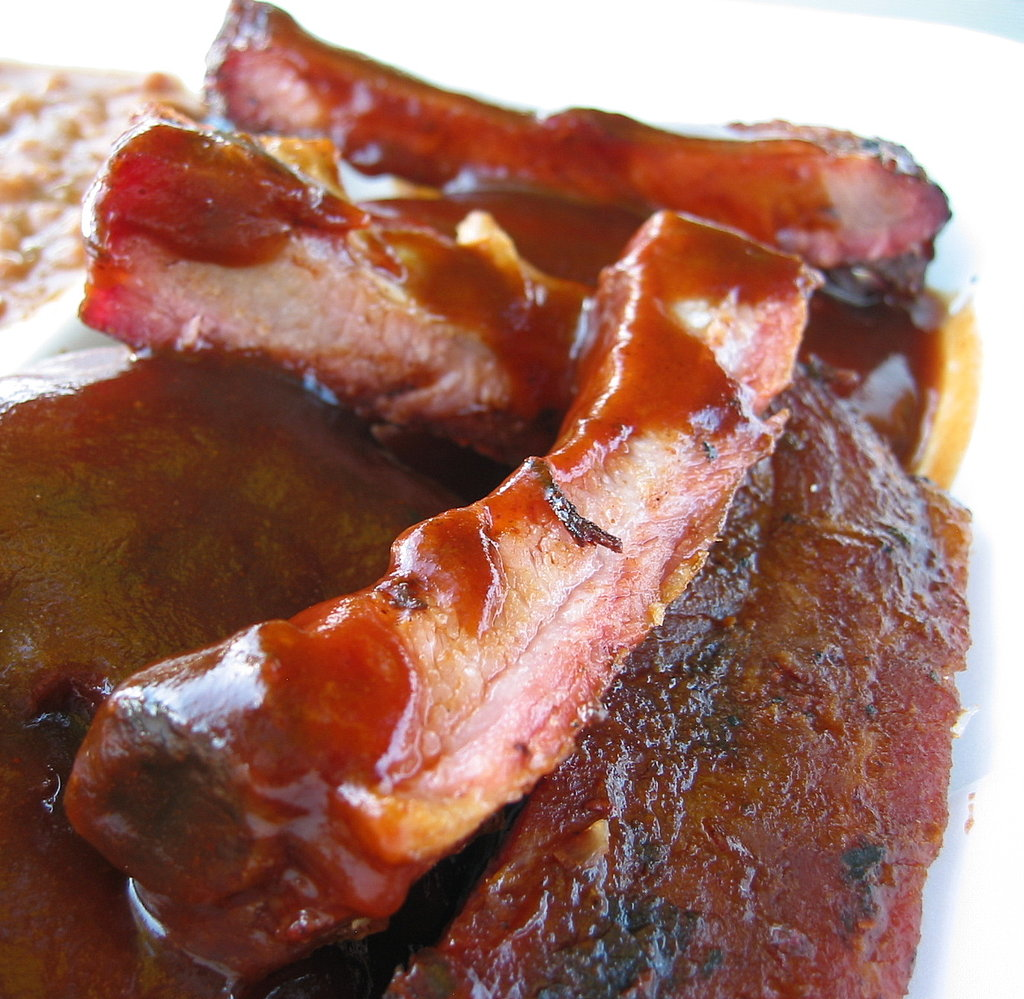 I remembered having Johnson's ribs years before at the Naperville Ribfest in Naperville, IL. This time around, they were just as heavenly. My favorite part was the meat nearest the bone, as it had the most flavor.