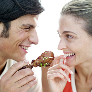 12 Foods to Avoid on a First Date