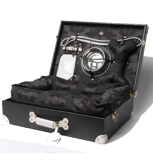 Global Gallivanter Trunk For Picky Pets