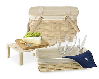 Win a Williams-Sonoma Picnic Basket!