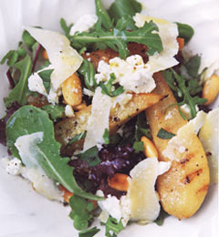 Fast & Easy Dinner: Spiced Pear and Goat Cheese Salad