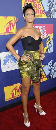 VMAs Style: Rihanna