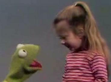 Flashback: Kermit and Cute Kid Sing Alphabet