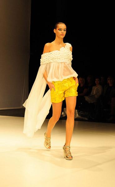 London Fashion Week: Ashley Isham Spring 2009