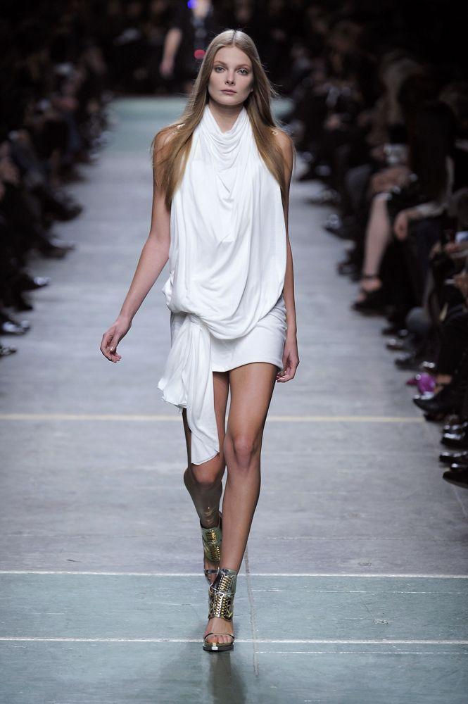 Paris Fashion Week: Givenchy Spring 2009