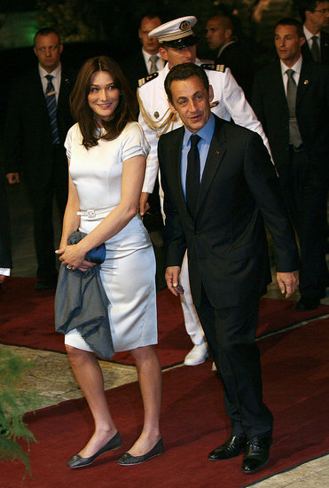 Fancy First Lady Steals Sarkozy's Mideast Peace Talk Thunder?