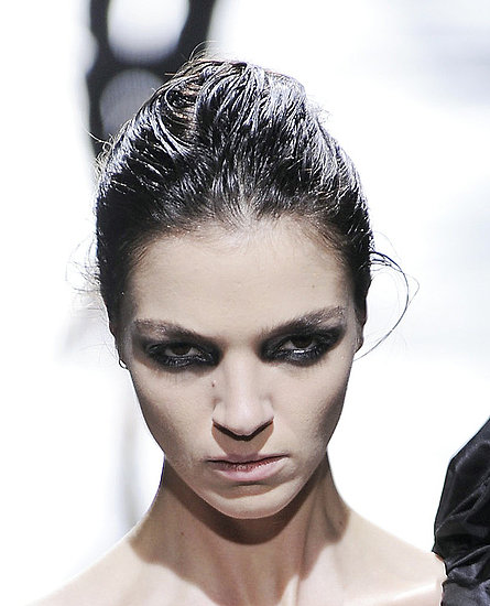Autumn Fall Winter 2008 Beauty Catwalk Runway Trends Soft Goth Glamour Dark Smoky Eyes Blood Stained Red Lips Pale Skin.
