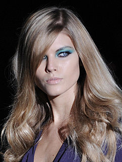 Milan Fashion Week Spring 2009, Gucci Catwalk Runway Show. Model Photos and Beauty Hair Trends