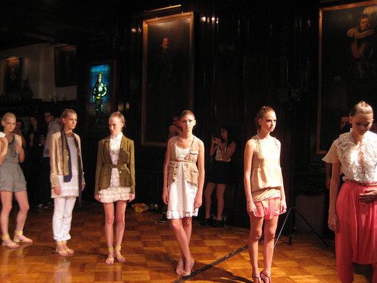 Lerario Beatriz Spring 09 Presentation