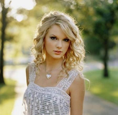 Taylor Swift versus Carrie Underwood