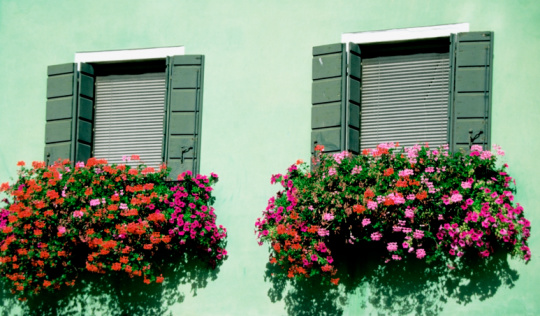 How-To: Hanging a Window Box