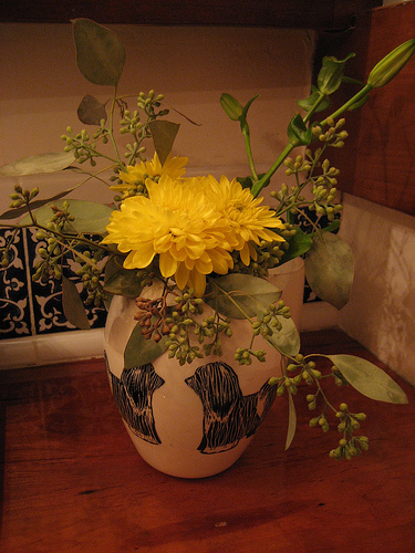 Casa Quickie:  Don't Throw Out Those Flowers!