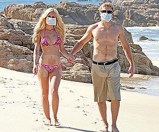 Photo of Heidi Montag and Spencer Pratt Wearing Surgical Masks in Cabo to Ward Off Swine Flu