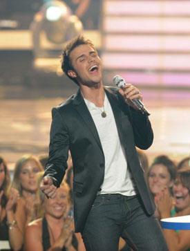 Interviews With American Idol Winner Kris Allen and Runner-Up Adam Lambert