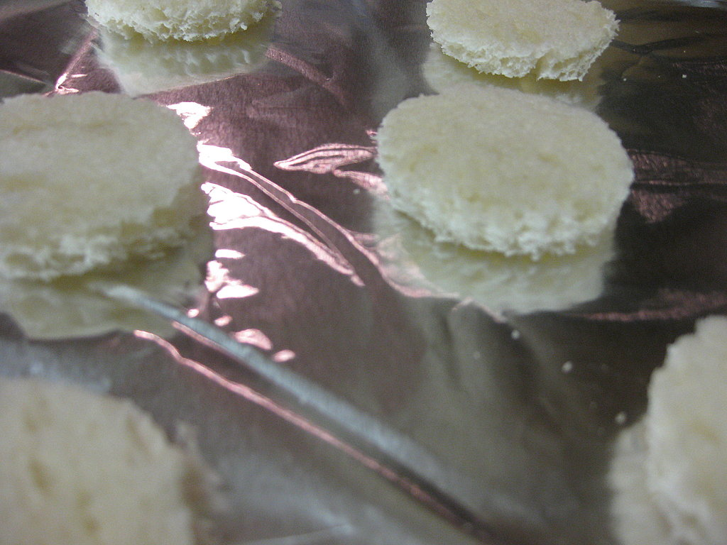 Spanish Olive and Cream Cheese Canapes