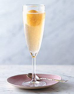 Recipe For Peach and Prosecco Cocktail For Easter