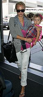 Travel Style: Jessica Alba