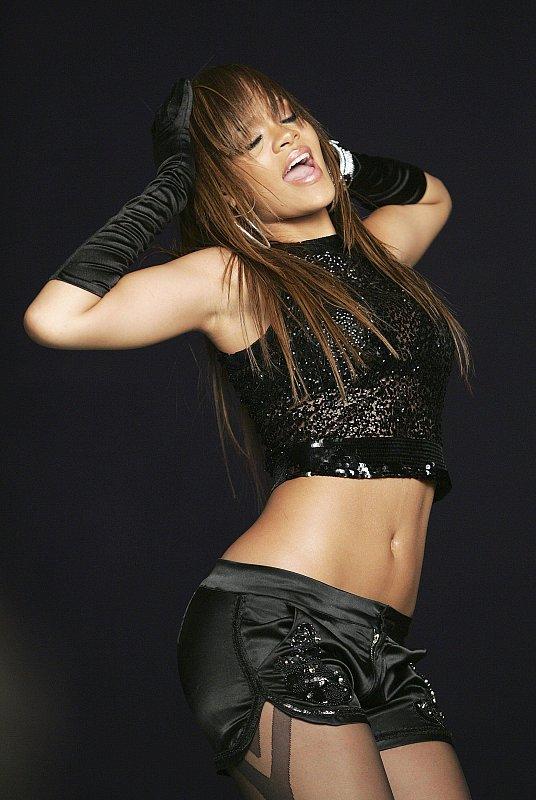Rihanna's SOS: Sims Style