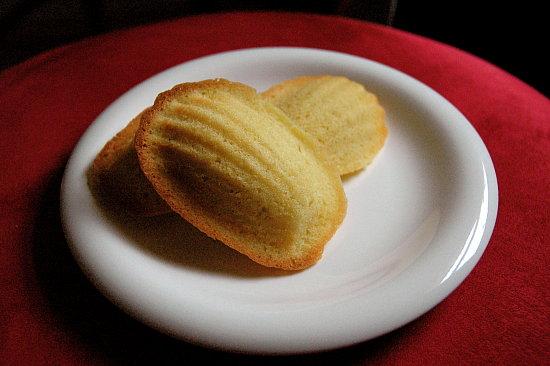 52 Weeks of Baking: Madeleines