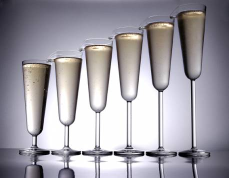 Champagne Flute Fountain: Love It Or Hate It?