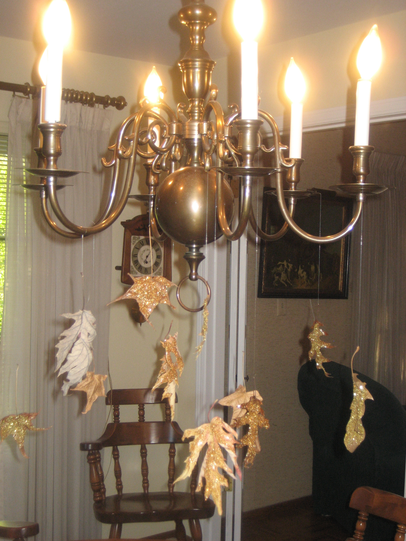 DIY: Glitter Falling Leaves