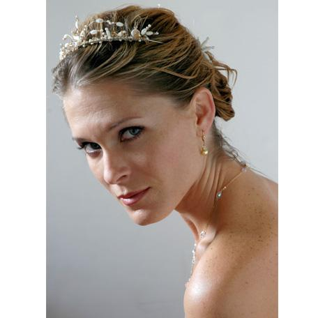 What Wedding Hair Accessories Will You Choose?