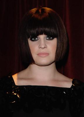 Love It or Hate It? Kelly Osbourne's Smoky Eye, Sleek Bob