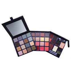 Tuesday Giveaway! Tarte We Wish You Wealth Palette