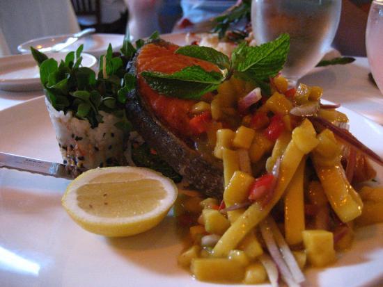 Savory Sights: Salmon and Mango Salsa