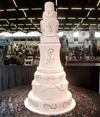 wedding cake how much this wedding cake costs how much popsugar smart living 22847