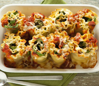 Recipe for cheesy lasagna rolls with spinach and ricotta Easy dinner recipes for family of 6