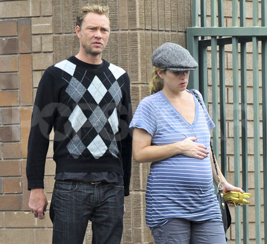 Pictures of Pregnant Christina Applegate in LA With Martyn ...