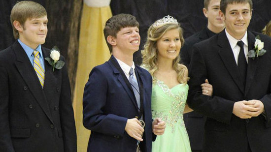 Homecoming King Nominees Give Title to Another Student