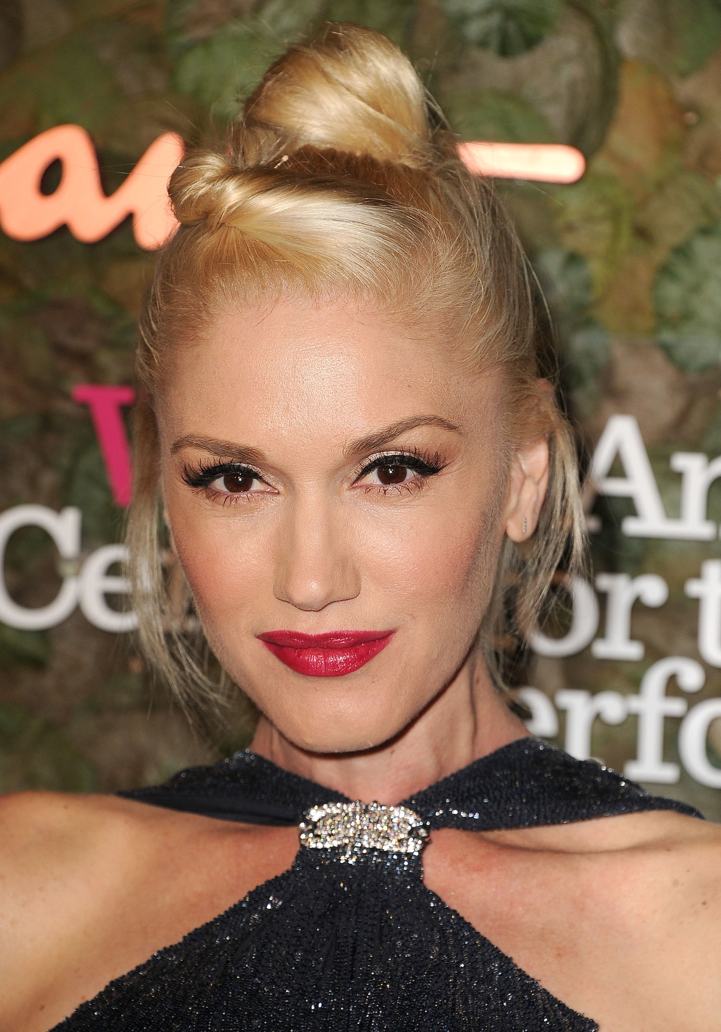 How to Wear and Choose Red Lipstick | POPSUGAR Beauty