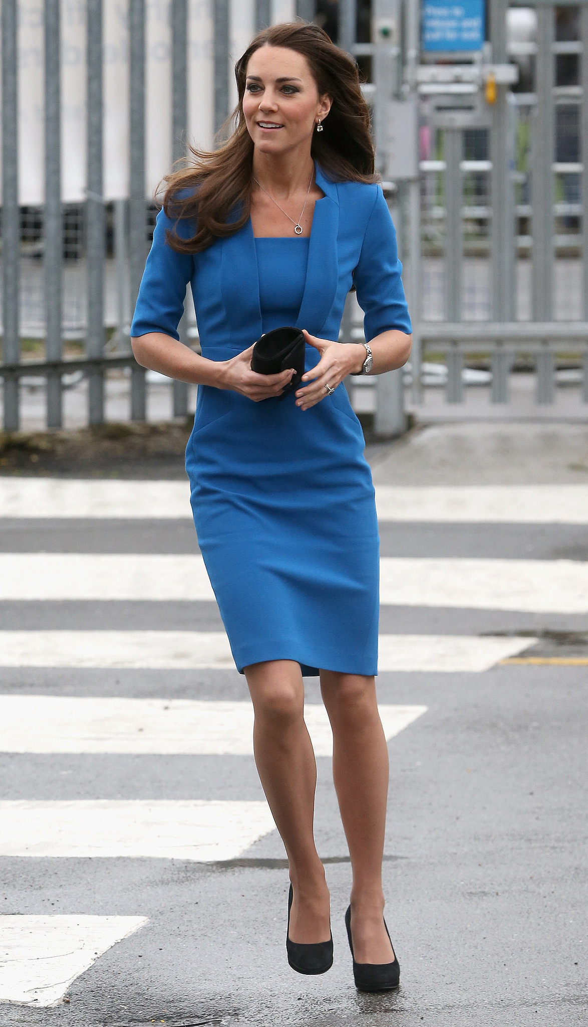 image Kate middleton dark blue gown