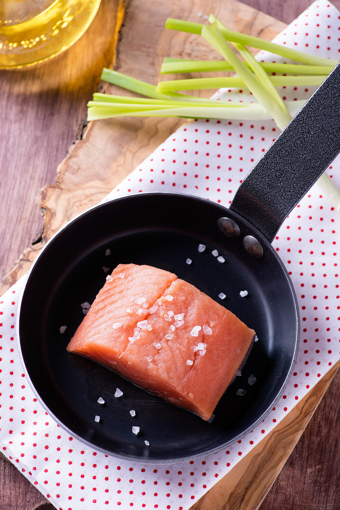 How to cook salmon over the stovetop popsugar food for How to cook salmon fish