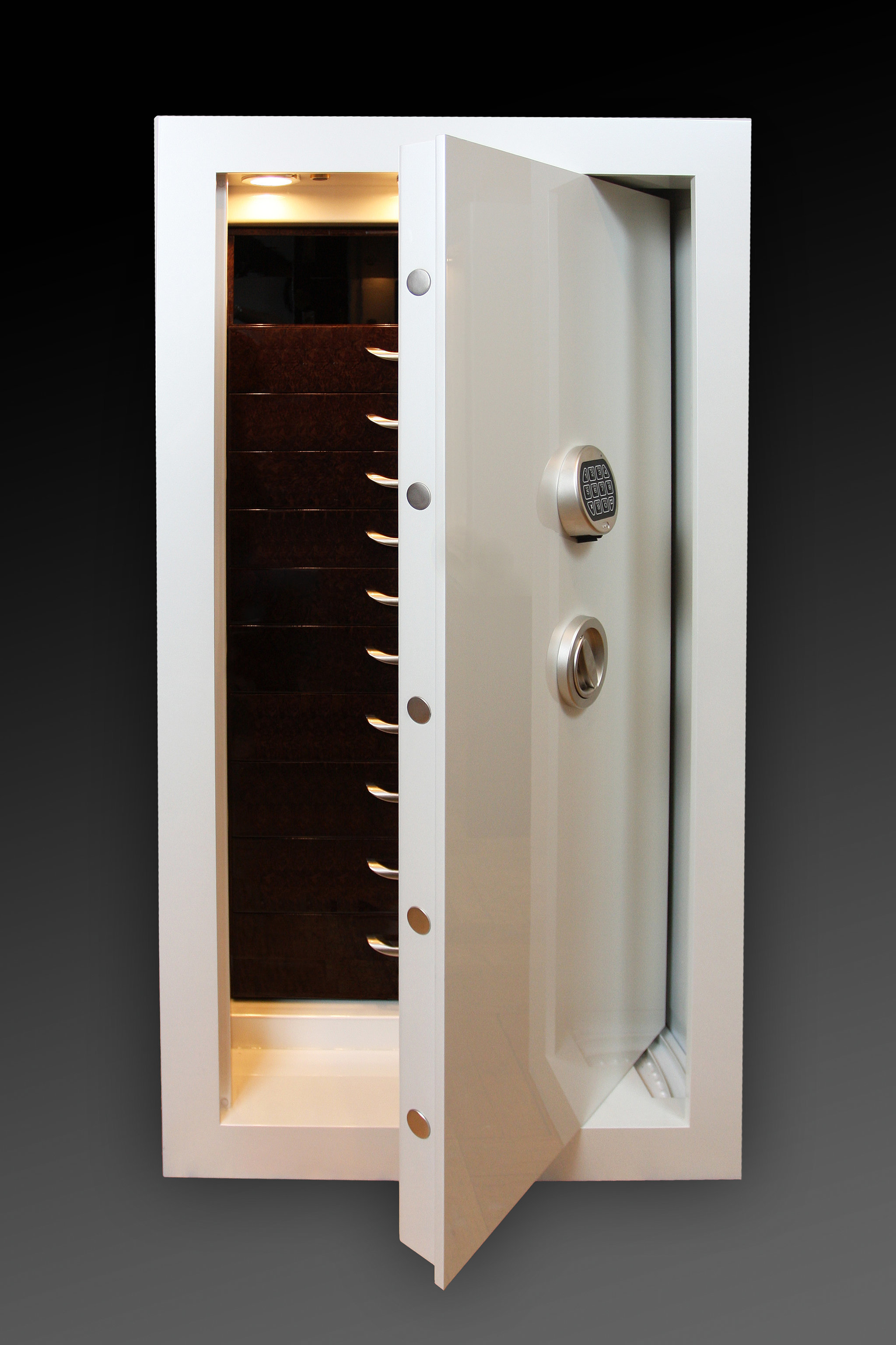 Bethenny Frankel S Closet Has A Traum Safe Popsugar Home