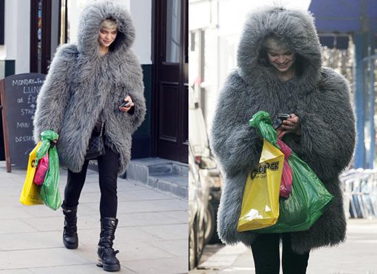 Images of Big Fur Coat - Reikian