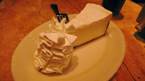 How Many Calories In Cheesecake Factory Carrot Cake