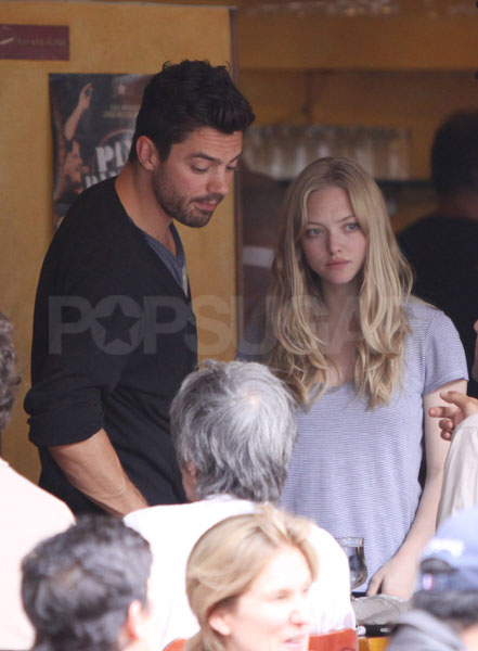 Photos of Amanda Seyfried and Dominic Cooper Kissing After ...